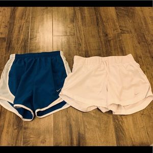 Nike athletic shorts bundle size XS